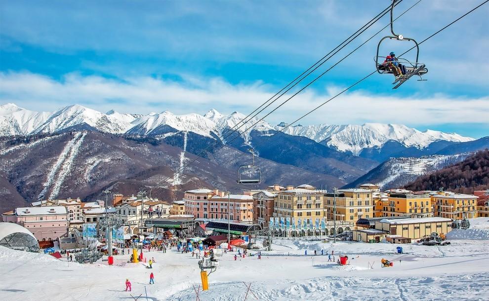 Топ горнолыжных курортов России по версии Дискавери!